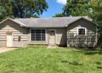 Foreclosed Home in Baytown 77520 1112 PARKWAY ST - Property ID: 4281235