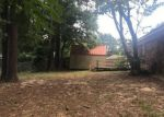Foreclosed Home in Gladewater 75647 1022 WOODHAVEN ST - Property ID: 4281566