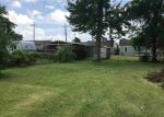 Foreclosed Home in Beaumont 77703 1915 DELAWARE ST - Property ID: 4281600