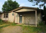 Foreclosed Home in East Rochester 44625 7825 LOREY RD - Property ID: 4281850