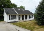 Foreclosed Home in Greensboro 27406 4602 MEADOWCROFT RD - Property ID: 4281923