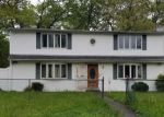 Foreclosed Home in Wyandanch 11798 241 PARKWAY BLVD - Property ID: 4282007