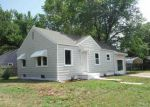 Foreclosed Home in Wichita 67216 2703 S MASON TER - Property ID: 4282485