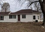 Foreclosed Home in Alton 62002 4903 COLUMBIA ST - Property ID: 4282564