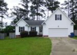 Foreclosed Home in Raeford 28376 201 WOODLAND CT - Property ID: 4283189
