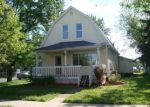 Foreclosed Home in Superior 54880 5702 BANKS AVE - Property ID: 4285412