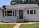 Foreclosed Home in Summerfield 62289 202 N GRADE ST - Property ID: 4286030