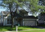 Foreclosed Home in Carpentersville 60110 123 TAY RIVER DR - Property ID: 4286074