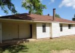 Foreclosed Home in Benton 71006 4607 LAWNDALE DR - Property ID: 4286177
