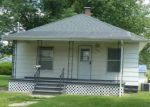 Foreclosed Home in Taylorville 62568 100 N VOLLINTINE AVE - Property ID: 4286773