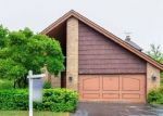 Foreclosed Home in Des Plaines 60016 492 WAIKIKI DR - Property ID: 4286774