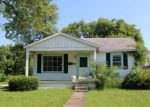 Foreclosed Home in Evansville 47712 3329 HILLCREST TER - Property ID: 4286790