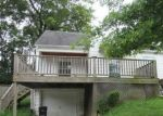 Foreclosed Home in Frankfort 40601 132 ELKHORN DR - Property ID: 4286798