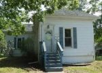 Foreclosed Home in Clinton 61727 708 E WASHINGTON ST - Property ID: 4287078