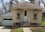 Foreclosed Home in Fairmont 56031 945 REDWOOD DR - Property ID: 4287176