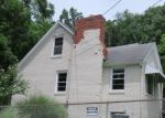 Foreclosed Home in Charleston 25302 1401 HUNT AVE - Property ID: 4287667