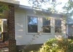Foreclosed Home in Red Springs 28377 309 E 3RD AVE - Property ID: 4287933