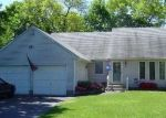 Foreclosed Home in Ronkonkoma 11779 4840 EXPRESS DR S - Property ID: 4287996