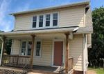 Foreclosed Home in North Haven 6473 167 MAPLE AVE - Property ID: 4288036