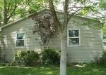 Foreclosed Home in Carmi 62821 908 W FACKNEY ST - Property ID: 4288091
