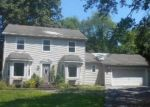 Foreclosed Home in Poughkeepsie 12603 920 DUTCHESS TPKE - Property ID: 4288461