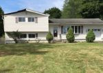 Foreclosed Home in New Windsor 12553 6 MARSHALL DR E - Property ID: 4288482