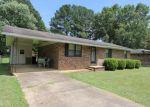 Foreclosed Home in Booneville 38829 108 GLENDALE ST - Property ID: 4288666