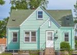 Foreclosed Home in Saint Paul 55118 978 DODD RD - Property ID: 4288703