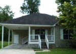 Foreclosed Home in Denham Springs 70726 7472 CALLAHAN DR - Property ID: 4288889