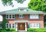 Foreclosed Home in Wilmette 60091 1305 SHERIDAN RD - Property ID: 4289158