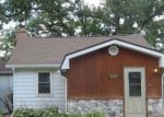 Foreclosed Home in Crystal Lake 60014 4510 WILDWOOD DR - Property ID: 4289165