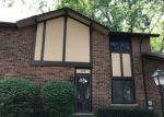 Foreclosed Home in Villa Park 60181 18W177 BUCKINGHAM LN - Property ID: 4289183