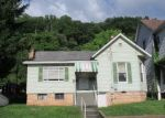 Foreclosed Home in Weston 26452 251 S MAIN AVE - Property ID: 4289782