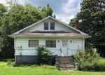Foreclosed Home in Middlesboro 40965 815 EXETER AVE - Property ID: 4289805
