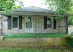Foreclosed Home in Richmond 40475 613 WESTOVER AVE - Property ID: 4289833
