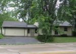 Foreclosed Home in New London 54961 1611 PERSHING RD - Property ID: 4289879
