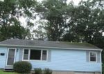 Foreclosed Home in Waterbury 6705 26 OLIVER AVE - Property ID: 4290462