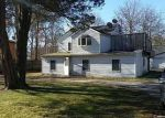 Foreclosed Home in Shirley 11967 159 FORREST AVE - Property ID: 4290809