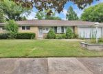 Foreclosed Home in Wood Dale 60191 309 CHARMILLE LN - Property ID: 4290856