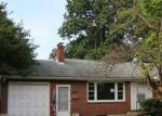 Foreclosed Home in Hagerstown 21740 17423 AMBER DR - Property ID: 4291005