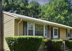 Foreclosed Home in East Hampton 6424 3 DZIOK DR - Property ID: 4291313