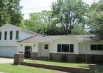 Foreclosed Home in Waynesville 28786 1214 CRYMES COVE RD - Property ID: 4291337