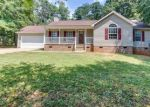 Foreclosed Home in Anderson 29626 124 EDGEWATER DR - Property ID: 4291358