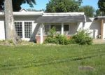 Foreclosed Home in Maryland Heights 63043 3117 PARKWOOD LN - Property ID: 4291831