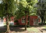 Foreclosed Home in Greenwood 38930 404 KEESLER ST - Property ID: 4291910