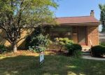 Foreclosed Home in Madison Heights 48071 317 E PARKER AVE - Property ID: 4291967