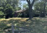 Foreclosed Home in Elkhart 46514 3101 CALUMET AVE - Property ID: 4292255
