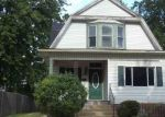 Foreclosed Home in Bloomington 61701 706 S LEE ST - Property ID: 4292378