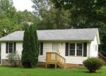 Foreclosed Home in Palmyra 22963 2010 RIDGE RD - Property ID: 4293202