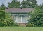 Foreclosed Home in Bristol 37620 221 GLENWAY RD - Property ID: 4293236